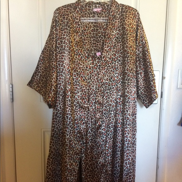 Serenada Intimates Sleepwear Gown Robe Set Animal Print Plus