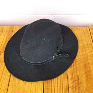 sierra accessories • kelsey floppy fedora