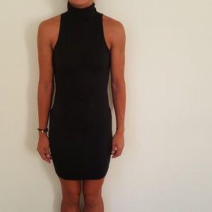 Dresses & Skirts - Zara sleeveless dress