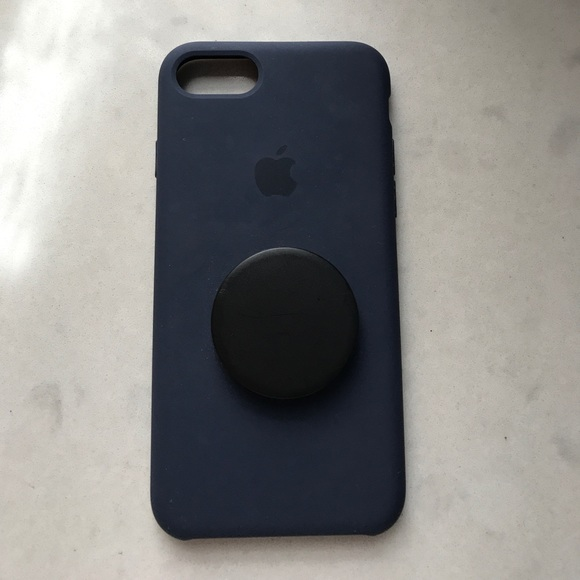 buy popular a4f3b 8e1c5 iPhone 7 Apple Silicone Case with Pop Socket