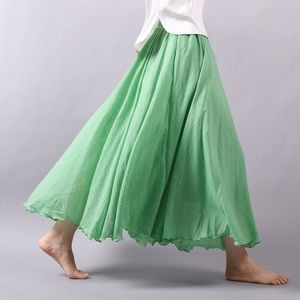 Dresses & Skirts - Green linen blend skirt