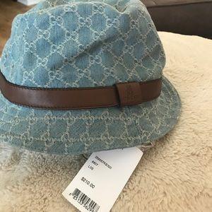 Gucci Accessories - Gucci Fedora Bucket hat cc01a9ad37f2
