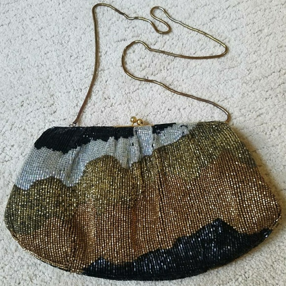 Vintage Handbags - Vintage Beaded Coin Purse Shoulder Bag