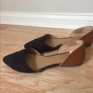 Merona Black and Tan pointy toe flats
