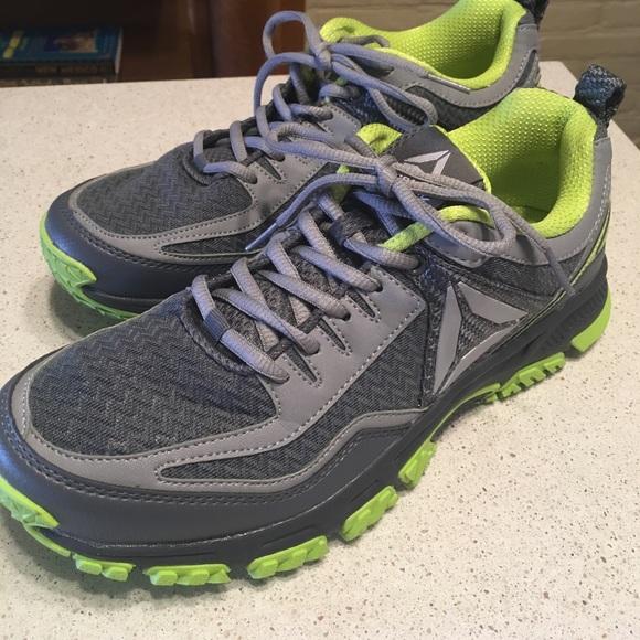6673a8116d8 Reebok Ridgerider Trail 2.0 Women s Size 10