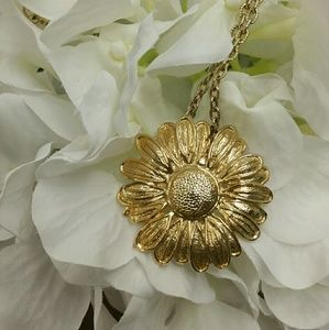 VINTAGE Bluette- Made in France Daisy Necklace