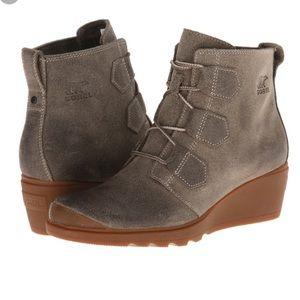 Sorel Toronto suede wedge boots