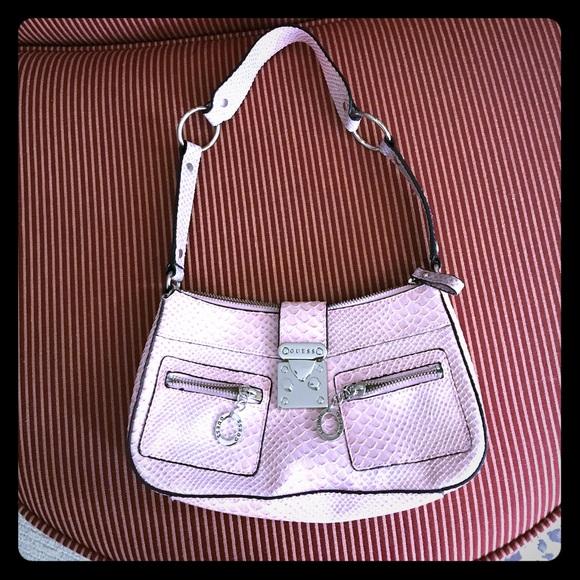 dea2e8e5b3 Guess Handbags - Sale Guess shoulder purse