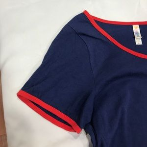LuLaRoe Medium Solid Blue Classic Tee With Red