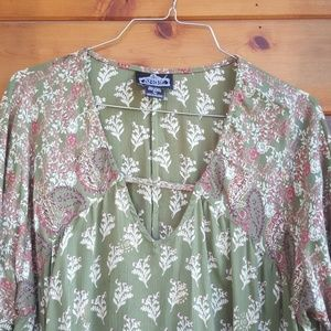 Angie Tops - Peasant style blouse top size large.