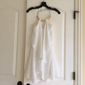 Dresses & Skirts - Goddess like white mini drape dress
