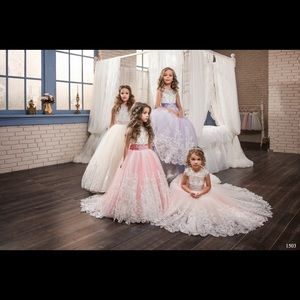 Other - Coral Lace flower girl dress with train