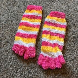 Accessories - Multi colored fuzzy socks with toes