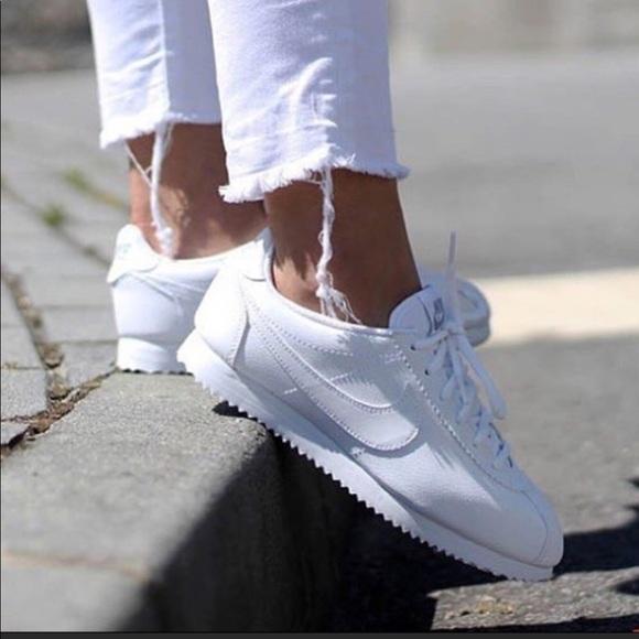 quality design 28f36 8c059 NWT Nike Classic Cortez Leather White WMNS