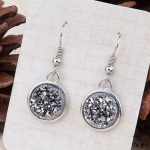 Jewelry - Druzy Style Silver Tone Silver Earrings