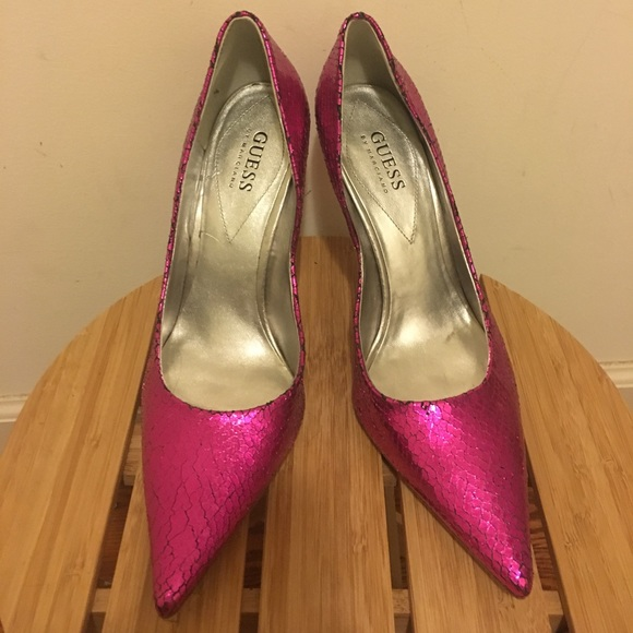 8f531a9ab70 GUESS Pink Metallic Heel Pump