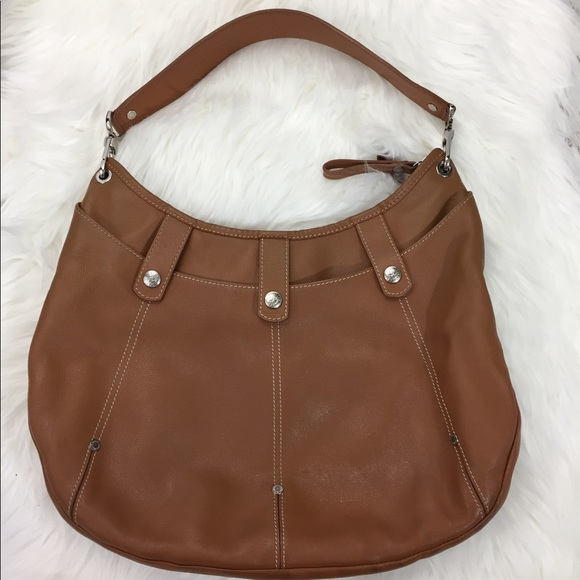 18a9c4227358 Longchamp Handbags - Authentic Longchamp Leather Hobo Bag Caramel Tan
