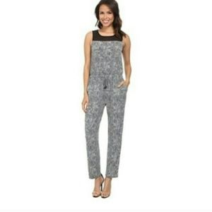 VINCE CAMUTO Sleeveless Scale Print Jumpsuit
