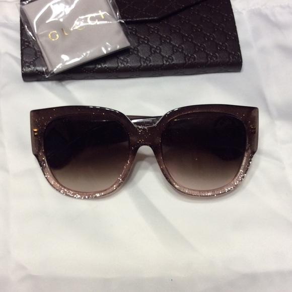 be35397bcf8 Gucci Accessories - Gucci Glitter Sunglasses