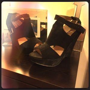 Shoes - Elegent heels