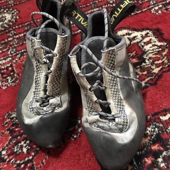 d7622dbb85a La Sportiva Shoes - la sportiva miura lace up women s climbing shoe