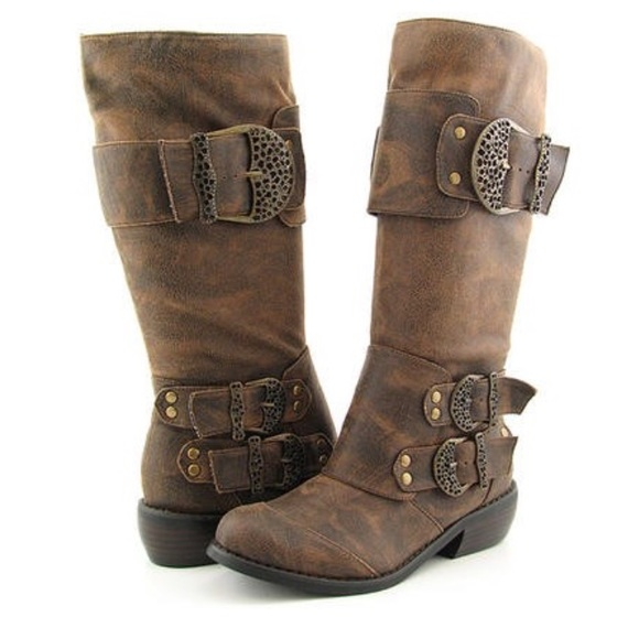 ea37c168af5 Two Lips Warrior suede boots