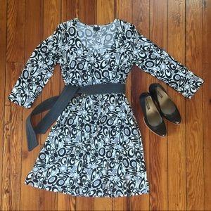 Dresses & Skirts - Scandinavian Mod Dress