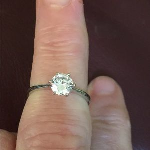 Jewelry - SS 925 White Topaz Solitaire