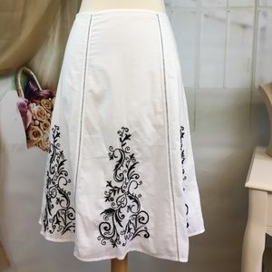 George White & Black Embroidered Skirt