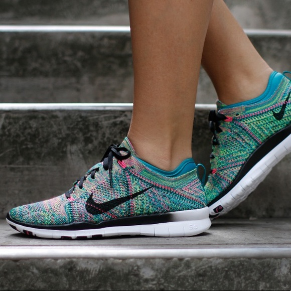482b9d20bfd Nike Free 5.0 Tr Flyknit - Multicolored. M 599efe808f0fc4ab1d00d9e2