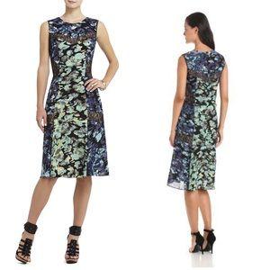 👗bcbg lace midi dress