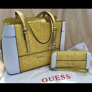 Guess Delaney Shopper Tote w/matching wallet