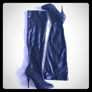 🚺 STEVEN by SM Over the Knee Leather Boots