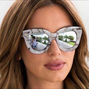 7947c787b1 Quay Australia Accessories - SUGAR   SPICE Quay Marbled Mirror Sunglasses