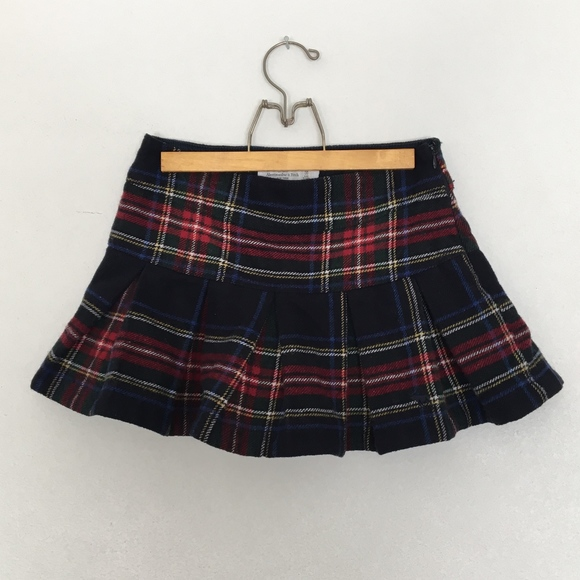 13c42f2c5b7 Abercrombie   Fitch Dresses   Skirts - Abercrombie School Girl Pleated Mini  Skirt Wool