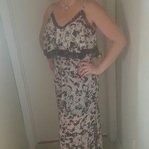 Sexy Blk/Wht/Blush Maxi dress w/lace -Size Med