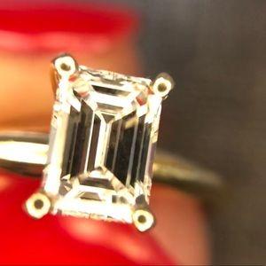 Jewelry - Flawless Emerald Diamond engagement ring