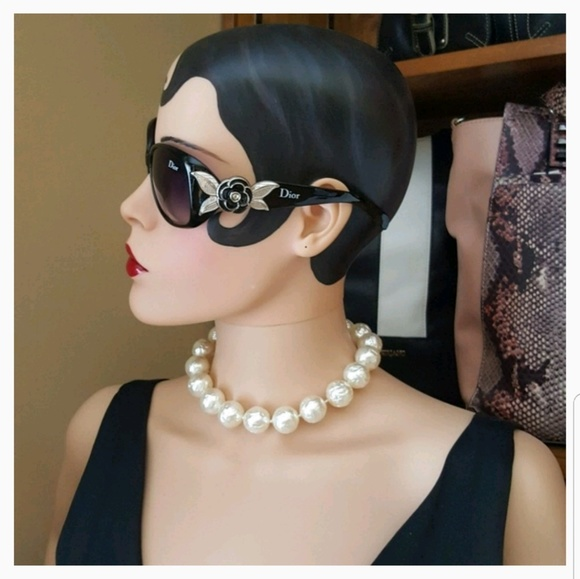 Vintage Jewelry - Vintage Richelieu Faux Pearl Choker Necklace