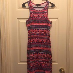 Dresses & Skirts - Sleeveless Print Dress