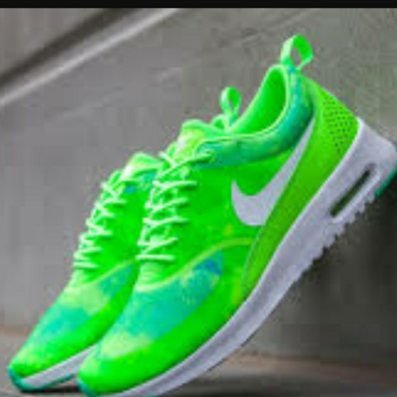 Nike air max fire kicks NWOT