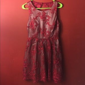 Dresses & Skirts - Red lace formal dress
