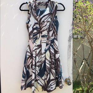 👗H&M floral dress size 4