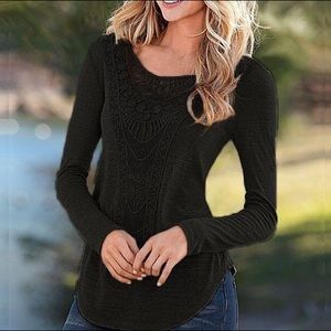 Tops - Black crochet T shirt