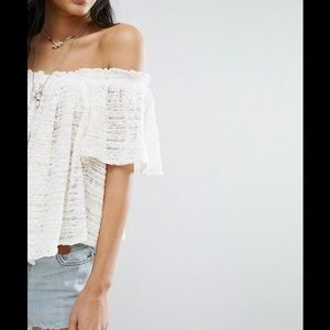 d9d10c486ea Free People Tops - NWT Free People Thrills And Frills Ivory Crop Top