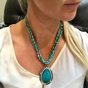 Jewelry - Turquoise Beaded Silver Statement Necklace