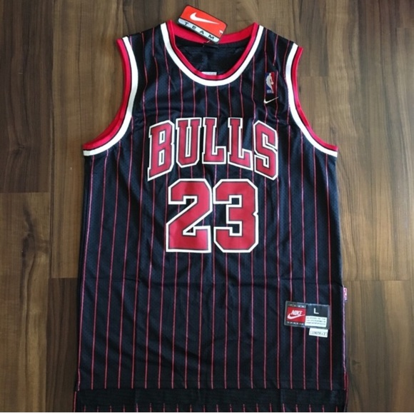 timeless design 23df1 e99be Nike Retro #23 Michael Jordan Chicago Bulls Jersey NWT