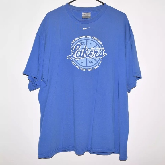 d7cd68df Rare Vintage VTG 90's Nike LA Lakers Tee. M_599f736af0137d100f00de2b