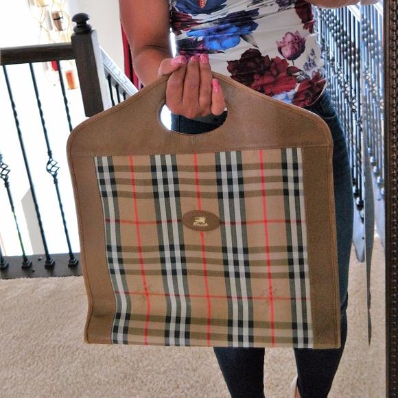 5051a78ed9d Burberry Handbags - Rare Authentic Vintage Burberry Tote Shopper