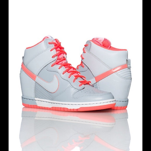 Final Price  Nike Dunk Sky Hi Wedge Sneakers c7f743bd4