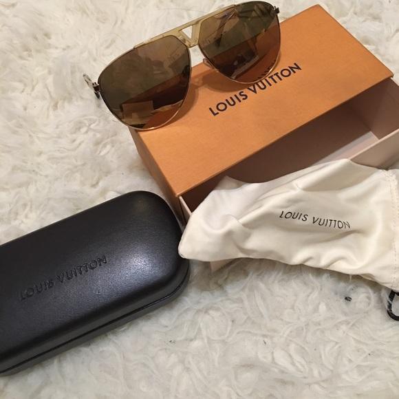 27bd7638916 Louis Vuitton Other - Men s Tonca Gold Louis Vuitton Sunglasses